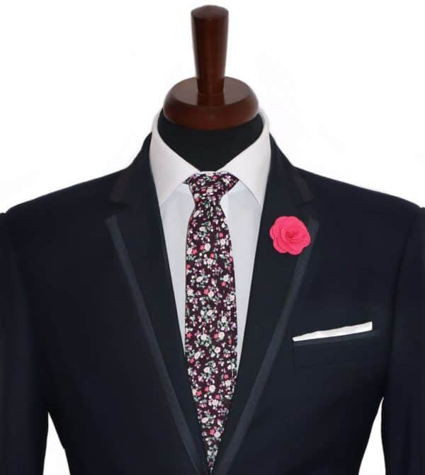 Ružová ozdoba do klopy