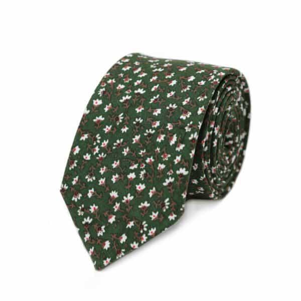 Zelená kravata s kvetmi