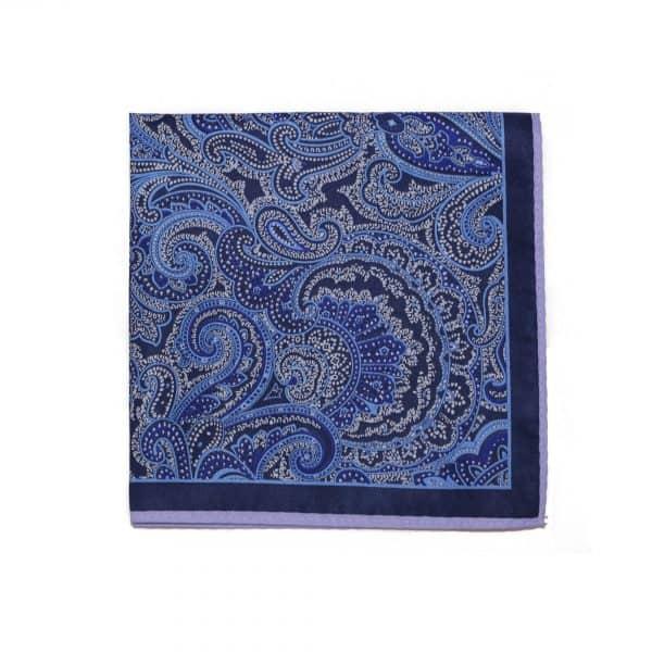 Svetlo modrá vreckovka Paisley