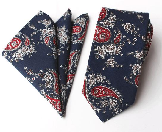 Modrá bavlnená kravata s business vzorom a vreckovkou